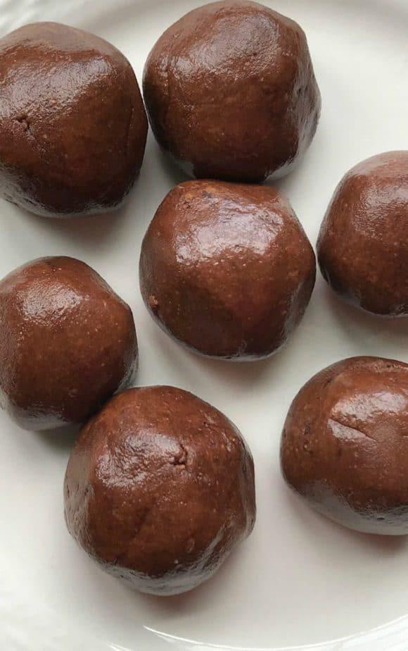 keto no bake brownie bites low carb