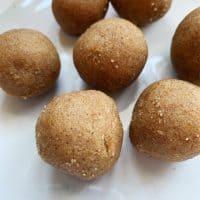 No Bake Gingerbread Fat Bombs - Keto Diet