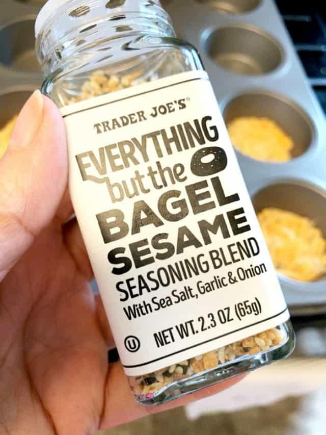 everything seasoning cheese crisps trader joes