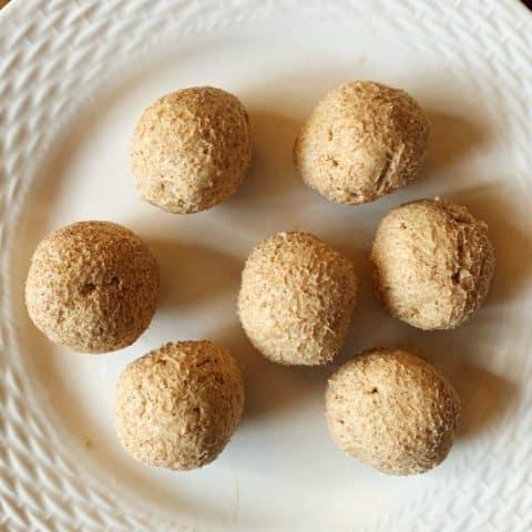 Cinnamon Roll Fat Bomb - Keto / Low Carb