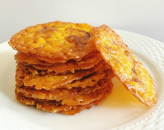 Barbecue Cheese Crisps - Keto / Low Carb