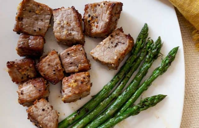 plate of steak and asparagus horizontal