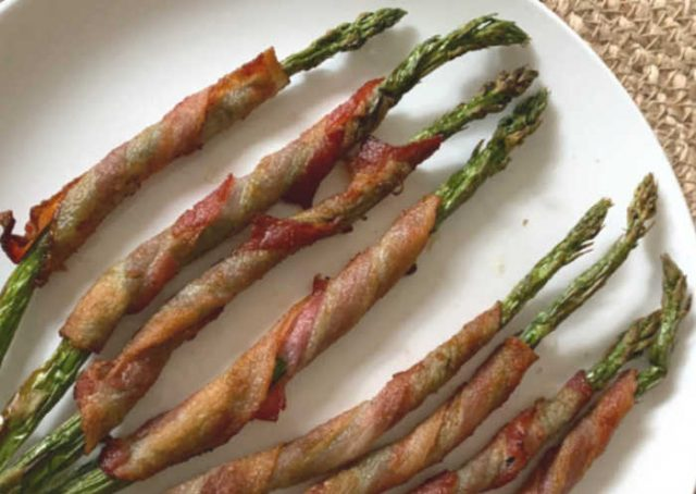 plate air fryer bacon wrapped asparagus